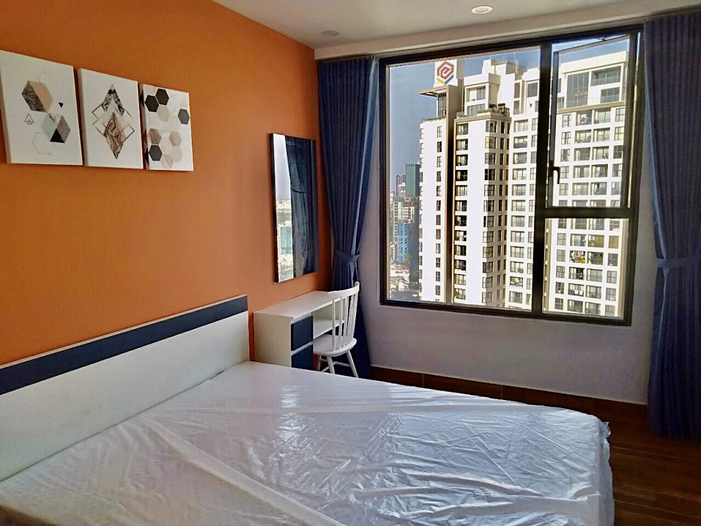 Thuê chung cư 2 phòng ngủ River Gate quận 4